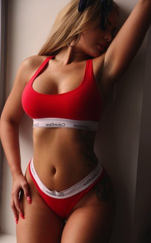 Esmeralda live escort in Lincoln