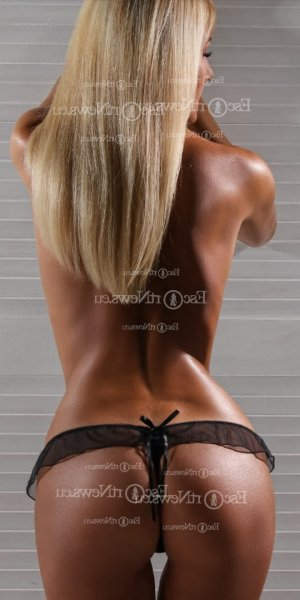 Anne-michelle escort in Evanston Wyoming